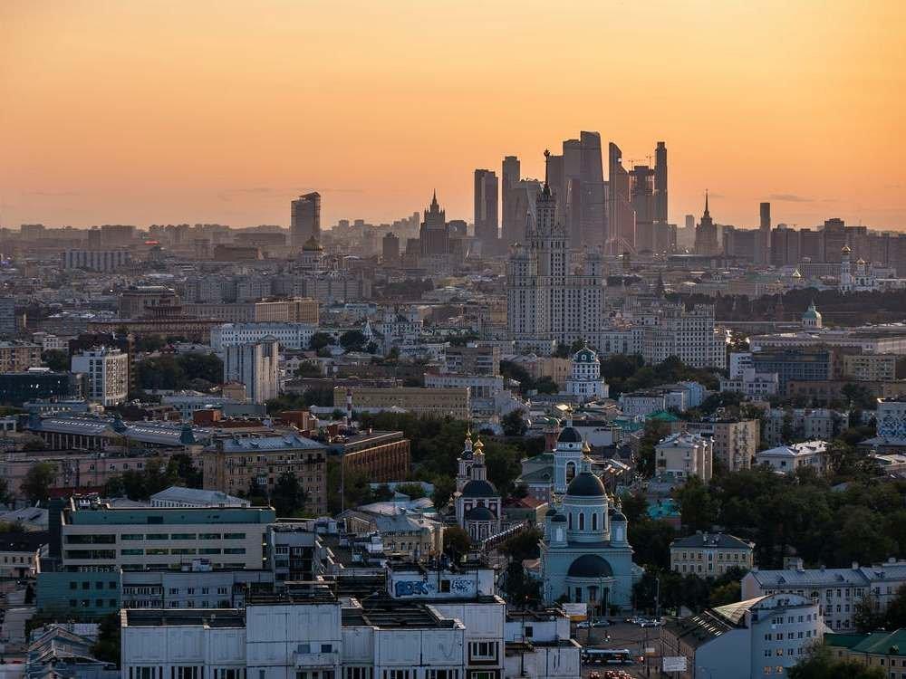 Новый пик в России ожидают через две-три недели