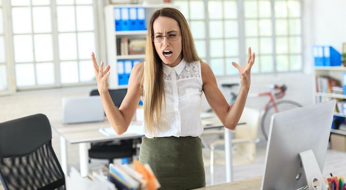 9 неприятных привычек тех, кто нас так раздражает