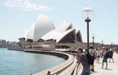 В Австралии новые рекорды по заболеваемости коронавирусом