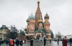 Из-за низкого уровня вакцинации Россию ждет тяжелая осень
