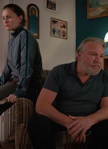 Рэй Уинстон и Анна Пакуин сыграют отца и дочь в драме Стивена Мойера