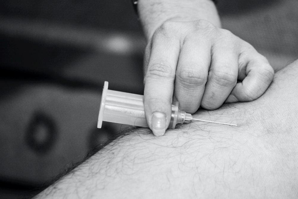 Оксфордская вакцина от COVID-19 может быть готова к Рождеству