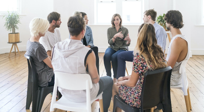 Групповая терапия: 12 советов, как получить от нее максимальную пользу