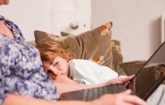 Нежеланный ребенок: как матери распознать свои чувства
